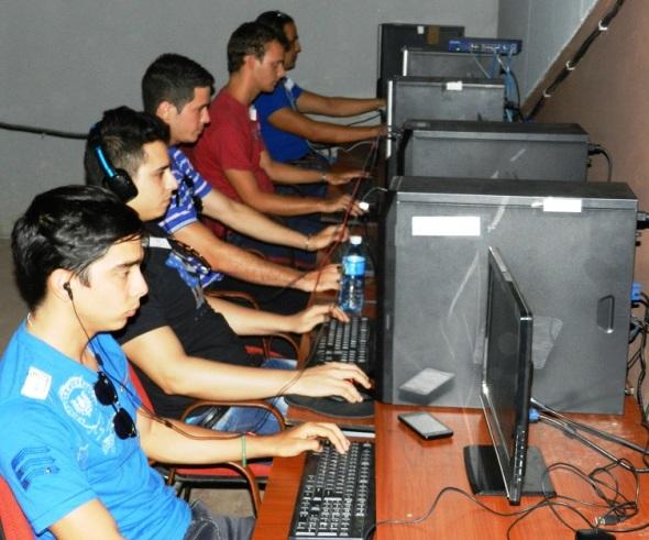 Primer Torneo Nacional del videojuego  (2)