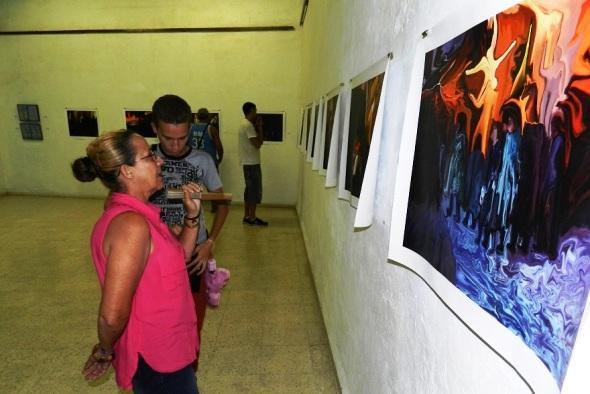 Artista español dedica exposición a pintor Fidelio Ponce de León