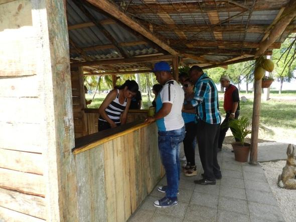Casa del coco en el Parque Botánico Julián Acuña Galé, Camagüey, Cuba