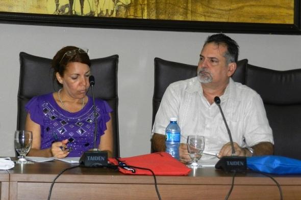 Especialistas cubanos