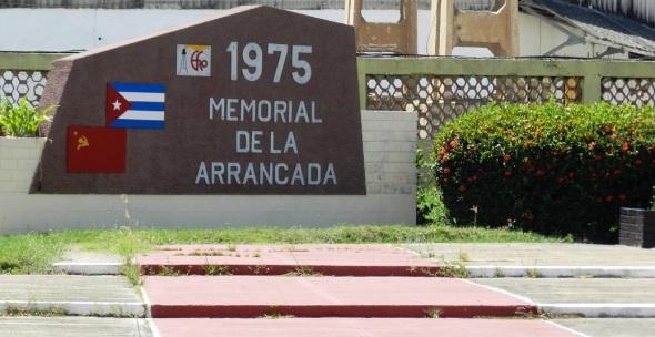 Memorial de la arrancada  en Empresa de Fertilizantes y Plaguicidas Revolución de Octubre