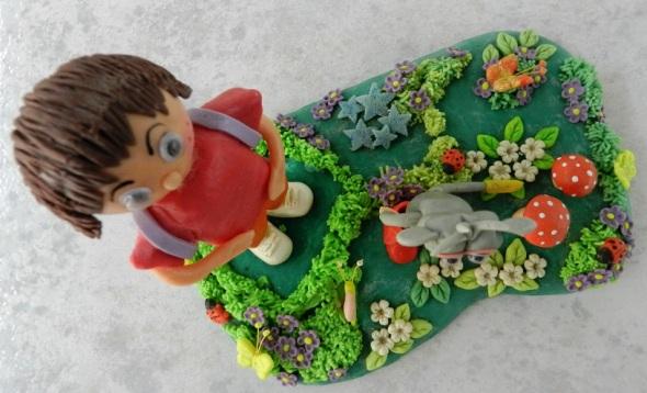 Personajes infantiles universales en colección de artesana cubana (3)