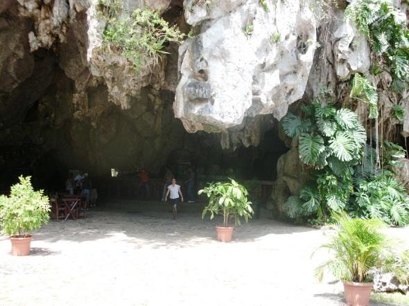 El Palenque de los Cimarrones, complementa ese siempre mágico mundo de Viñales