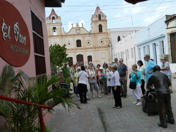 Los  estadounidenses principalmente quienes viajan en grupo a la otrora villa de Santa María del Puerto del Príncipe, hoy Camagüey están entre los más asiduos comensales del restaurante