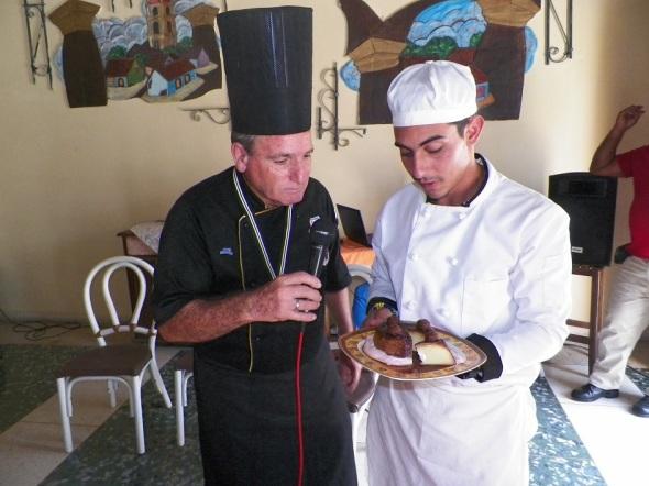 Se expusieron alrededor de 15 platos tanto de estudiantes de gastronomía como profesionales