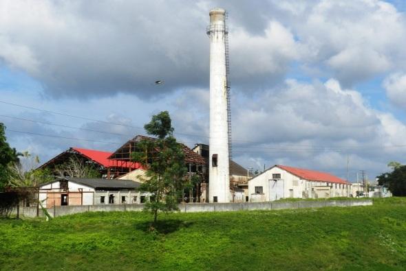 El diseño comprende en una última etapa la transformación de una antigua planta eléctrica en un recinto ferial