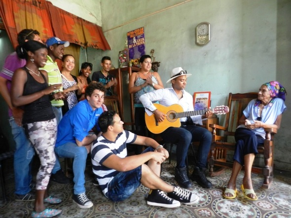 Proyecto Golpe a Golpe en homenaje a Las Faez