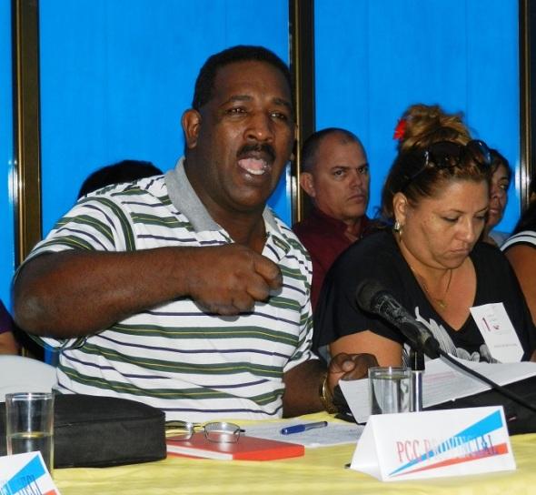 WALTER SIMÓN NORIS, primer secretario del Partido Comunista de Cuba en el municipio de Camagüey