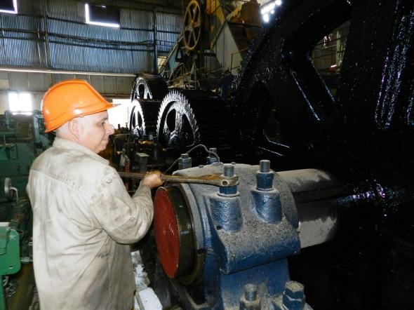 Ajustar la maquinaria una labor sistemática
