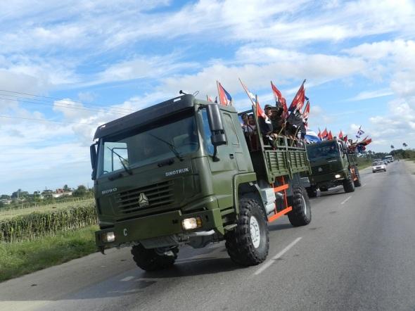 Camagüeyanos reeditan entrada triunfal de la Caravana de la Victoria (3)