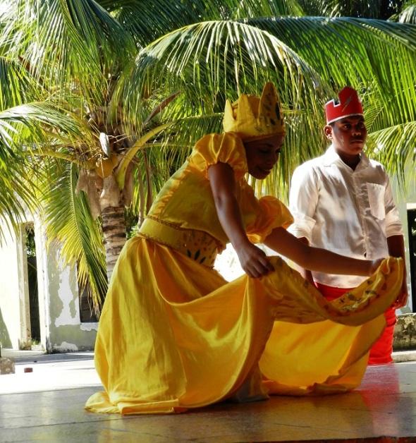 Folclor afrocubano en proyecto cultural Raíces de este municipio de Camagüey