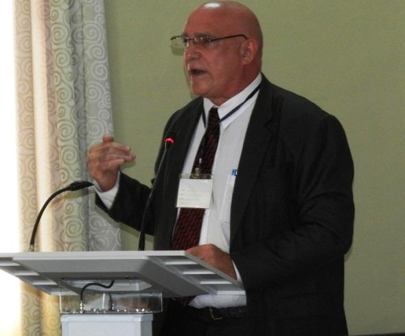 Doctor en Ciencias Orlando Rey Santos, asesor del Ministerio de Ciencia, Tecnología y Medio Ambiente