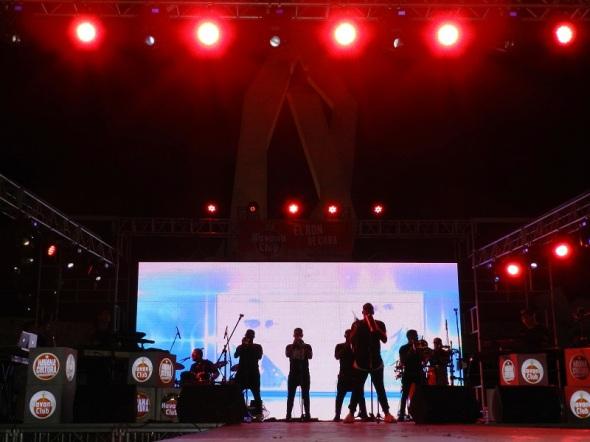 El dúo Gente de Zona y el proyecto P.M.M,  iniciaron su gira el lunes en la ciudad de Santa Clara