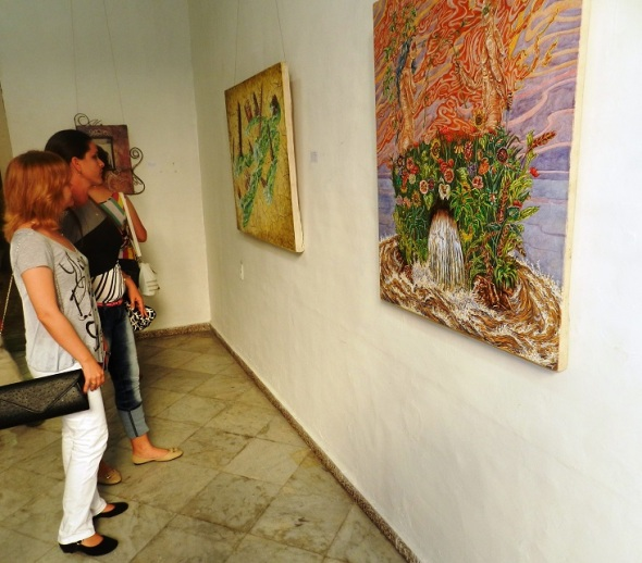 Exposicion colectiva O+ arte contemporáneo ni muy muy, ni tan tan