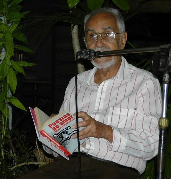 Periodista y dramaturgo Manuel Villabella