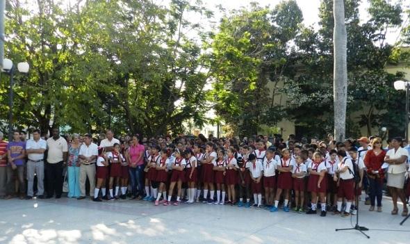 Recuerdan en Camagüey aniversarios de El grito de Baire e inauguración del Monumento a El Mayor