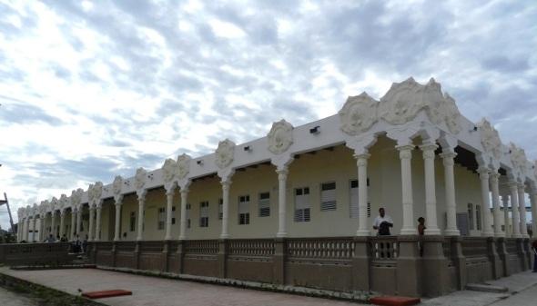 """Esta mansión de arquitectura colonia es una de las áreas más bellas del Hospital Pediátrico Provincial """"Eduardo Agramonte Piña"""""""