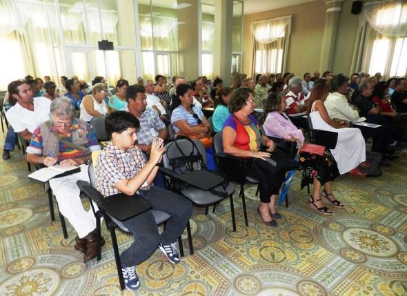 Cuarto Encuentro Nacional de Asociaciones y Clubes de la Década Prodigiosa sesionó. Foto Lázaro D. Najarro