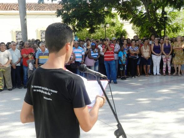 El joven Enrique Espinosa Sifonte, profesor de la Universidad de Camagüey, Ignacio Agramonte