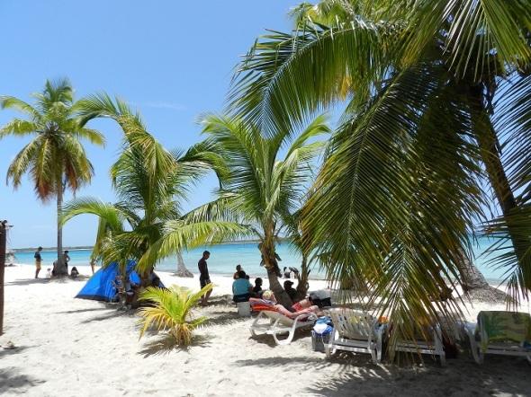 En la Playa La Boca, Santa Lucía
