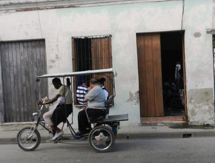 En una humilde casona de la calle Rosario en la ciudad de Camagüey reside una de las hermanas Faez