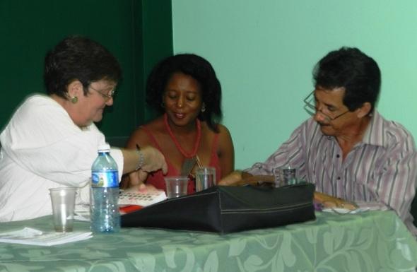 Integrantes comisión organizadora de la feria