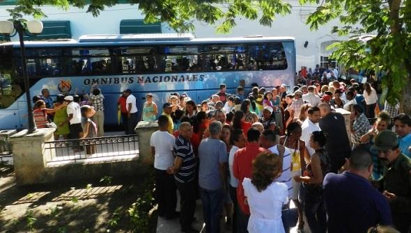 Los camagüeyanos en la despdia de los delegados al VII Congreso del PCC