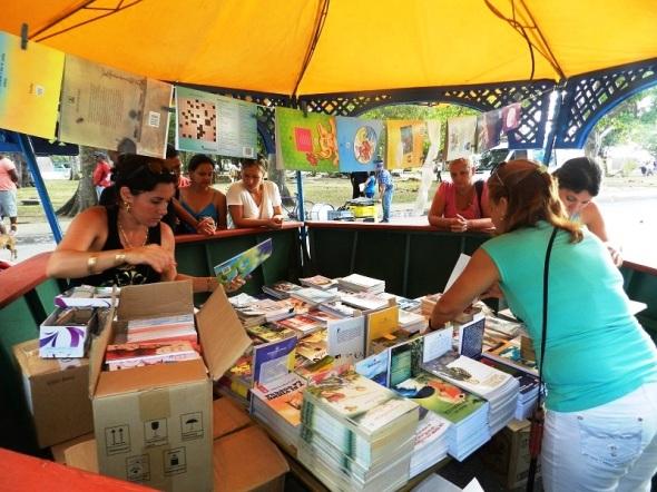 Más de 125 mil ejemplares en la feria del libro en Camagüey
