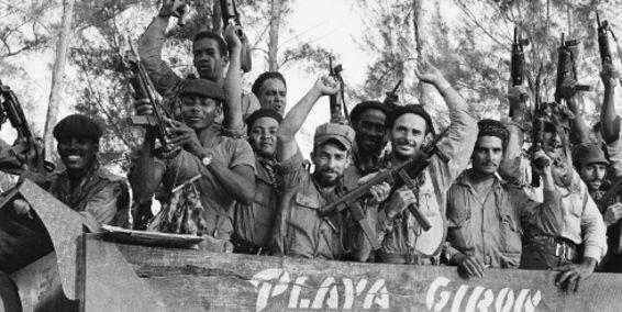 milicianos-cubanos-1961-playa-giron