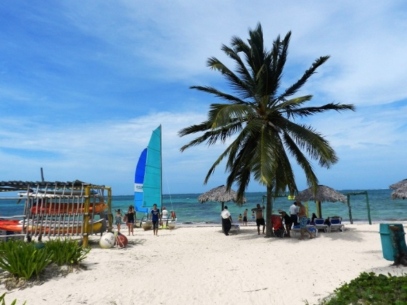 Playa de arenas blancas y finas. Foto Lazaro D. Najarro