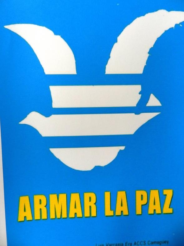 Colección de carteles en Camagüey (4)