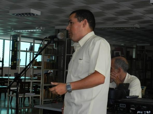 Víctor Aguilera, profesor de historia de la universidad de Holguín