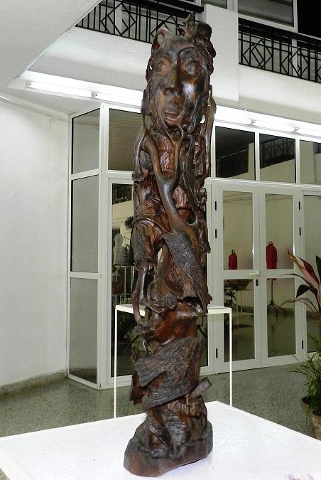 Autor Juan Daniel Rojas Pérez. Sin Titulo. Técnica Talla en Madera