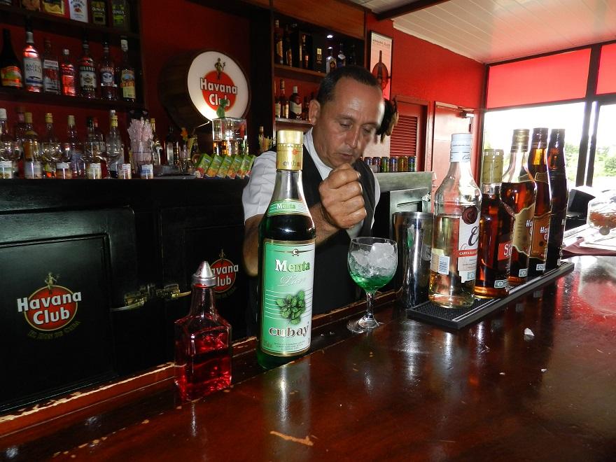 La cocteería presente en el Encuentro. Foto Lázaro David Najarro Pujol