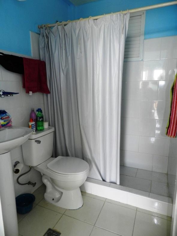 Baño interior de la cabaña