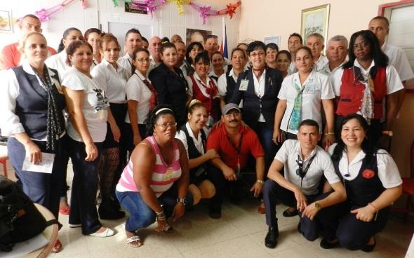 trabajadores-de-la-unidad-empresarial-de-base-cubacatering-de-servicios-gastronomicos-aeroportuarios-en-camaguey