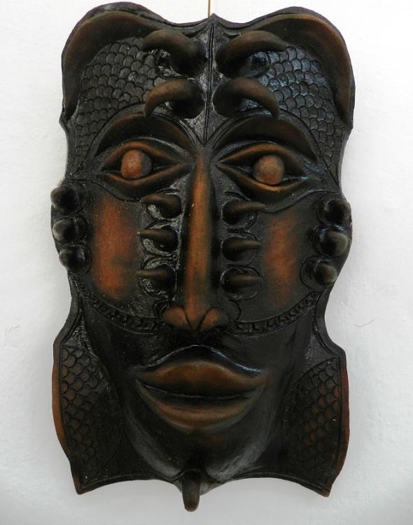 autor-alberto-perez-abab-titulo-mascaras-en-negro-tecnica-patina-2