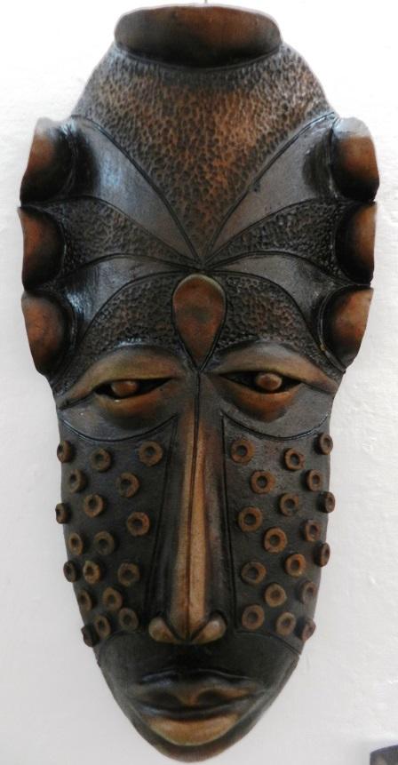 autor-alberto-perez-abab-titulo-mascaras-en-negro-tecnica-patina-6