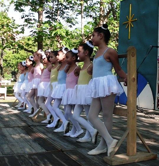 una-feliz-iniciativa-comenzar-a-trabajar-en-la-formacion-de-una-compania-de-ballet-foto-lazaro-david-najarro-pujol