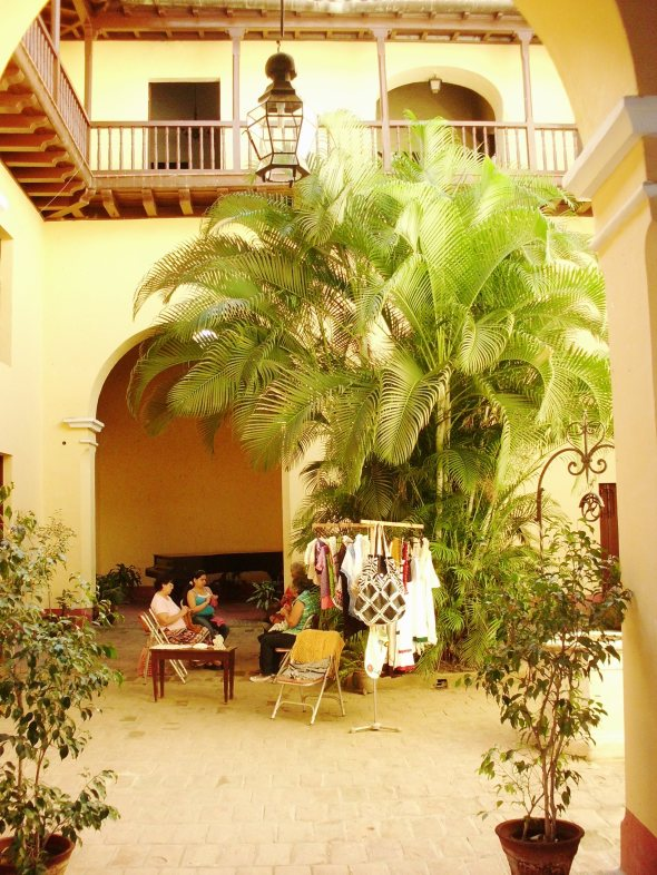 patio-interior-casa-natal-de-el-mayor