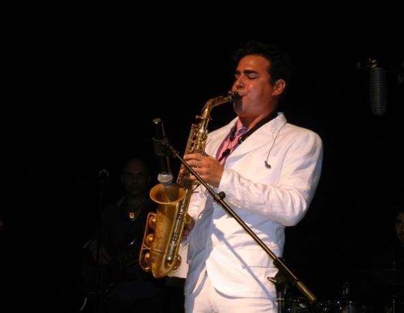 El aplauso también para los instrumentistas Lázaro David Najarro Pujol