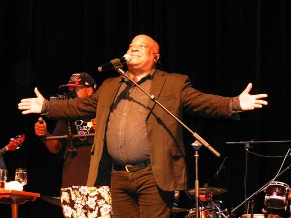 Waldo Mendoza muy aplaudido con su canción a La abuela. Foto Lázaro David Najarro Pujol