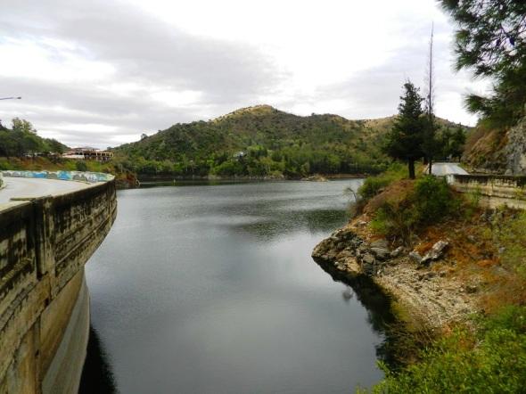 Disfrutar en armonía los encantos del lago Los Molinos