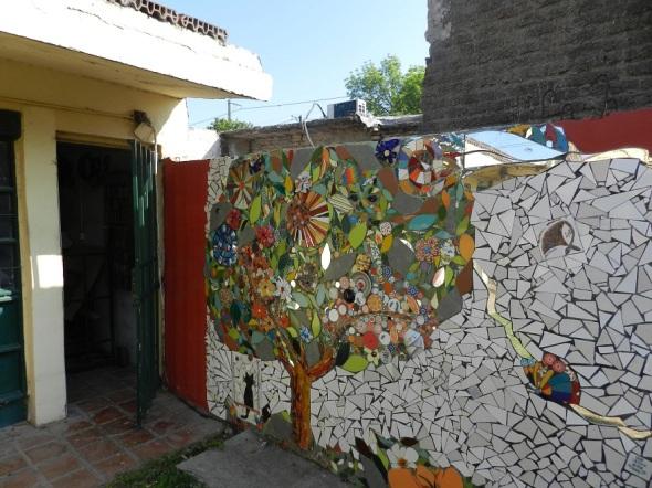 Mural de la autoría de integrante del colectivo de la emisora Radio Sur 90.1 FM en la ciudad argentina de Córdoba.