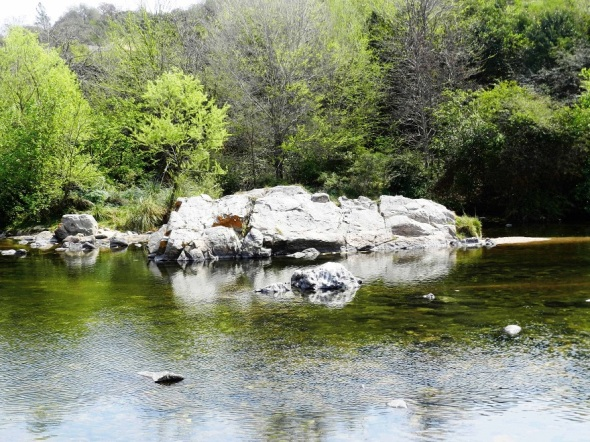 El río Anisacate, ideal para tomar sol y realizar actividades físicas al aire libre