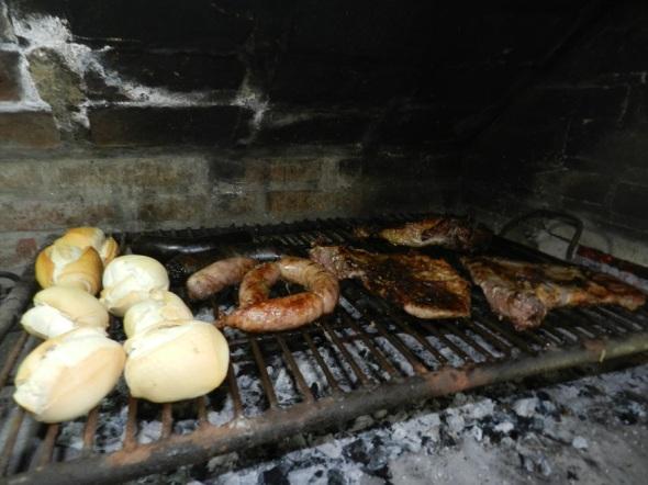 Los asados forman parte de la vida cotidiana del cordobés