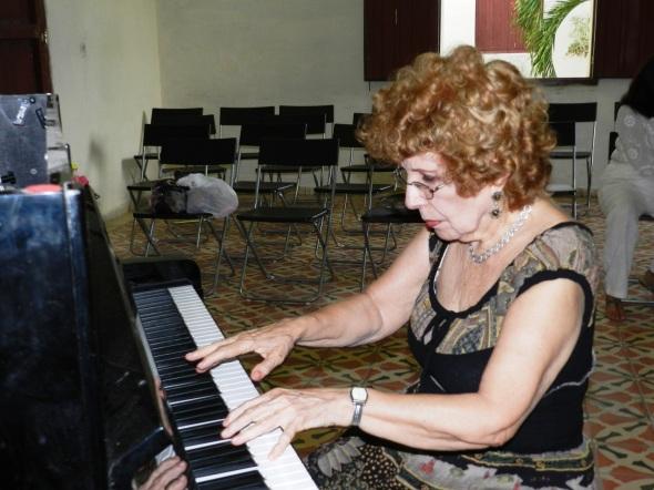 Alicia en el Conservatorio de música José White de Camagüey