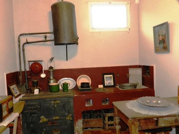 Cocina original de la casa donde Don Risario complacia gustos culinarios de Ernestito
