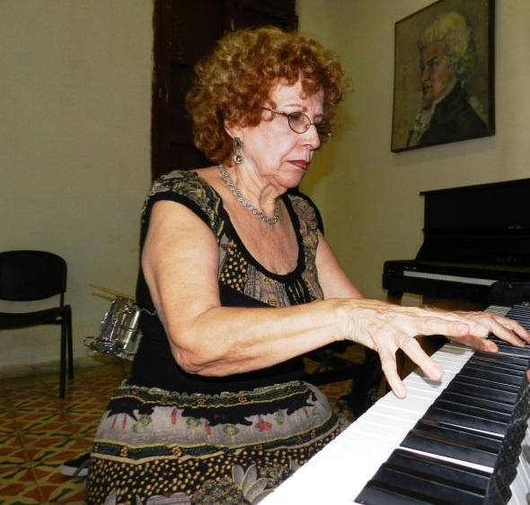 En la visita en el Conservatorio de música José White de Camagüey