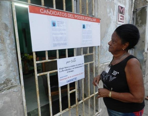 La camagüeyana Isabel Sayas Cambra la primera en ejercer el derecho al voto en su barrio